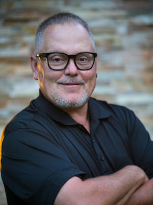 Former GoDaddy CEO Bob Parsons gave his employees an additional $1.3 million in holiday bonuses to celebrate the   GOP's tax plan passage.
