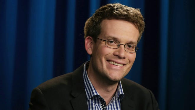 "Indianapolis author John Green credits an IU Health employee for improving his perspective when a crisis derailed plans to catch hit Broadway musical ""Hamilton."""