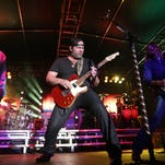 Lee Brice (center) performs outside of Lory Student Center as apart of CSU's RamFest on Aug. 28, 2015.