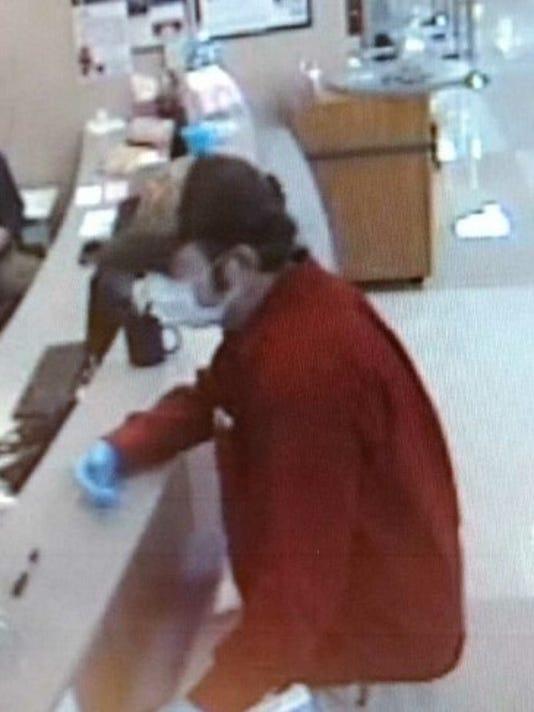 636551721811726889-kroger-suspect-2.jpg