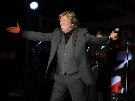Peter Noone leads Herman's Hermits into the Suquamish