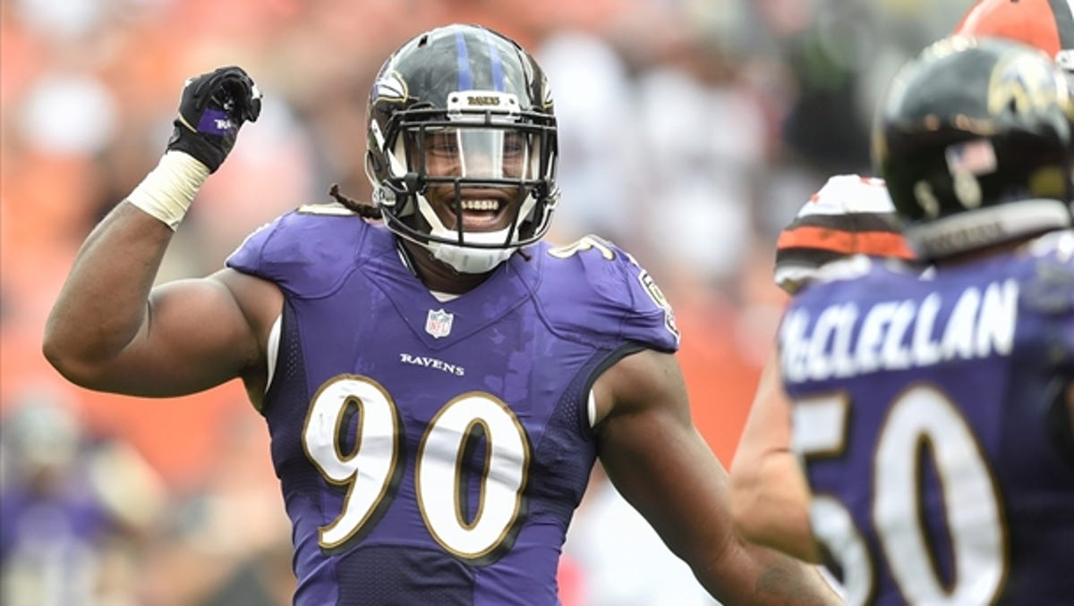 Growing up wanting to play college basketball, Za'Darius Smith gave football a shot his senior year. Now he's in the NFL.