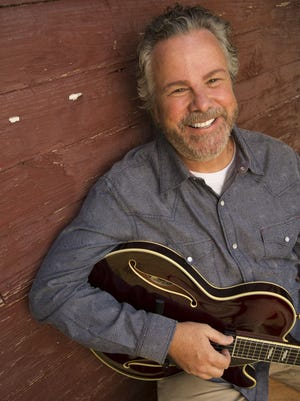 Texas native Robert Earl Keen Jr.'s skill at crafting compelling and literate story-songs is something he's displayed since early in his career.