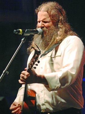 "Jamey Johnson releases his first new song in four years in his holiday EP ""The Christmas Song."""