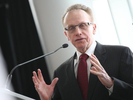 Warren Mayor Jim Fouts in 2014.