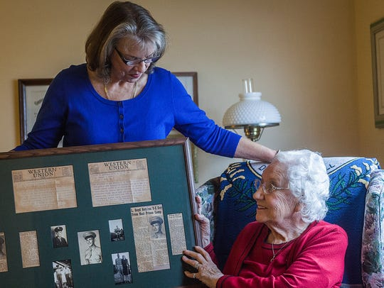 Linda Cortwright and her mother, Oneida Boyd, with