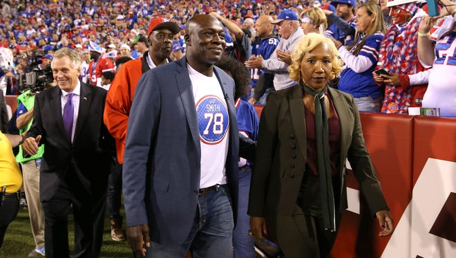 Bills great Bruce Smith was honored at halftime.