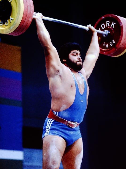 636518118502531073-Mario-Martinez-1984-Olympics.JPG