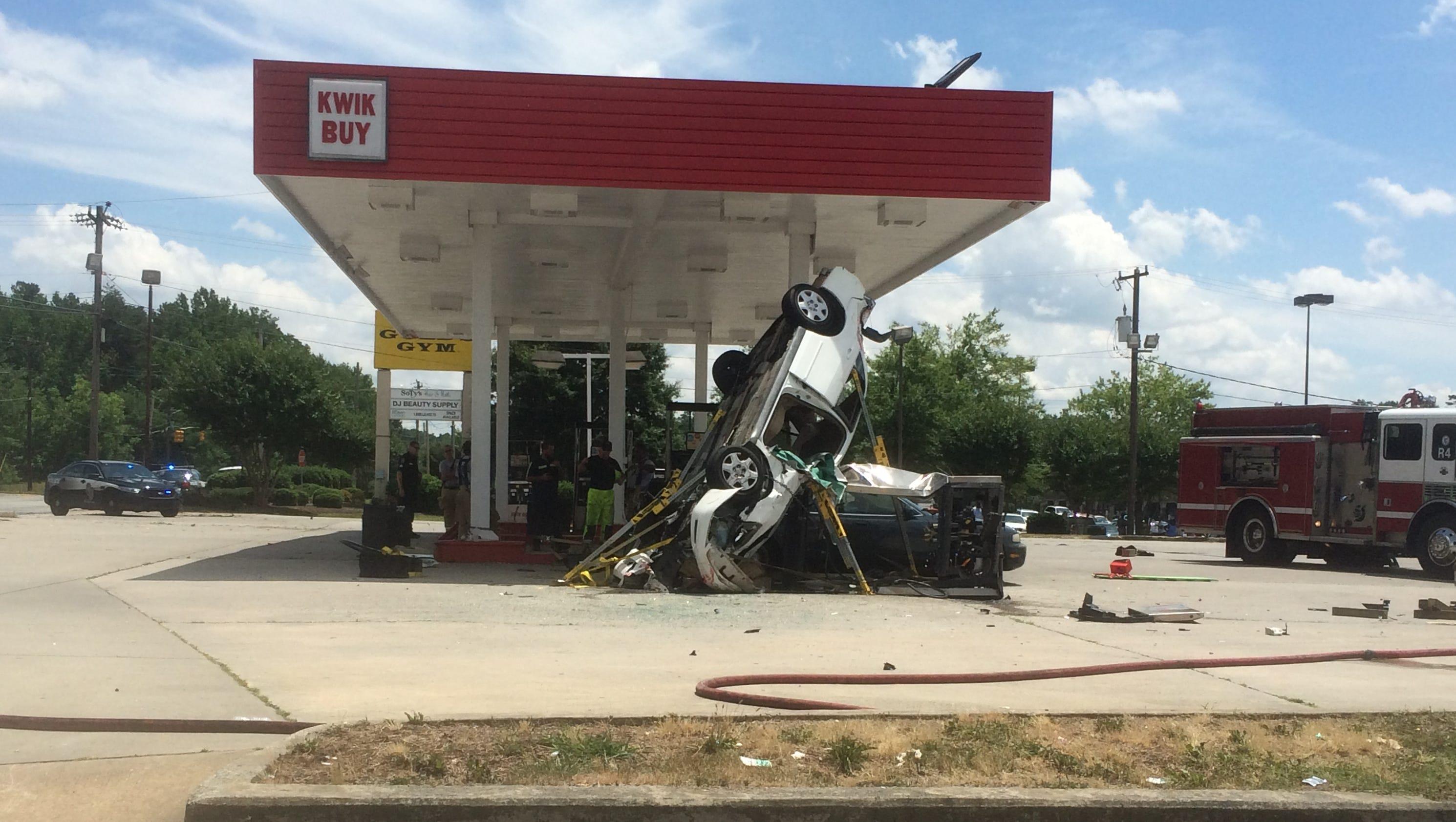 Car Crashes Into Gas Pump