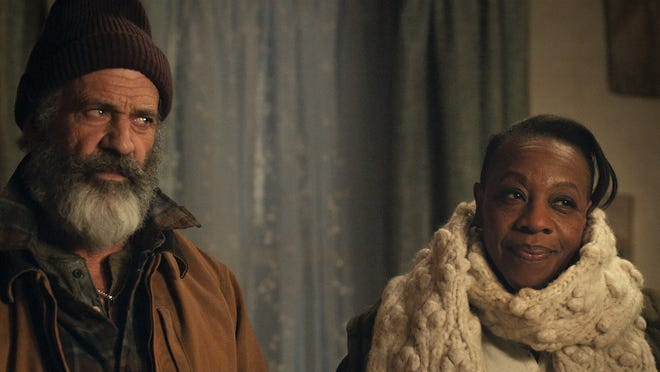 Distressed Chris Cringle (Mel Gibson) needs some comforting from his wife Ruth (Marianne Jean-Baptiste)