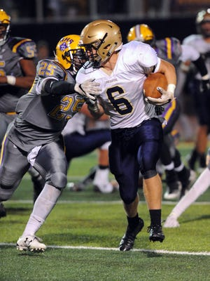 Lancaster's Jake Richards runs the ball during a game against Reynoldsburg last season. Beginning the 2020-21 season, the Golden Gales will compete in the new Ohio Capital Conference-Ohio Division, which will consist of Pickerington Central, Newark, Groveport, Reynoldsburg and Central Crossing.