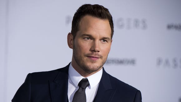 Chris Pratt has issued a 'PERVY DUDE ALERT' to warn