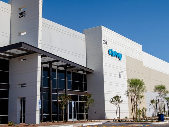 Chewy Inc., an online retailer of pet food and other related products, opened in June an 802,671-square-foot facility in Goodyear. It will hire over 700 people by 2019.