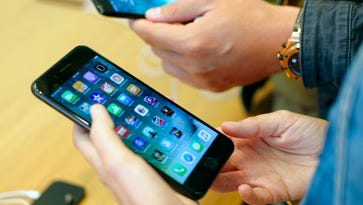 Apple may start making its own graphics chips for iPhone