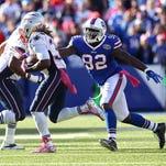 Bills Jarius Wynn (92) chases down Patriots RB Shane Vereen (34).