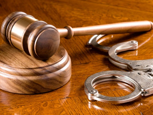 636517054653879136-Gavel-and-Cuffs.jpg