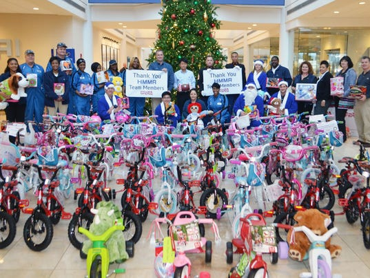 635859474759790072-Toys-for-Tots-Group.jpg