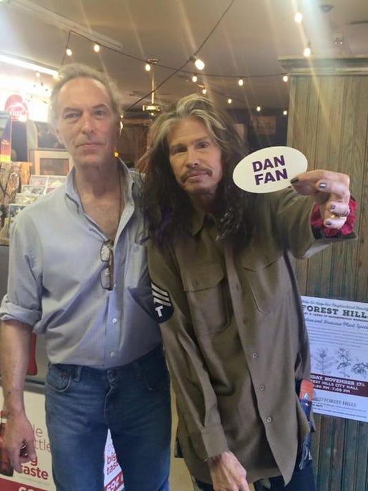 Steven Tyler Dan Fan