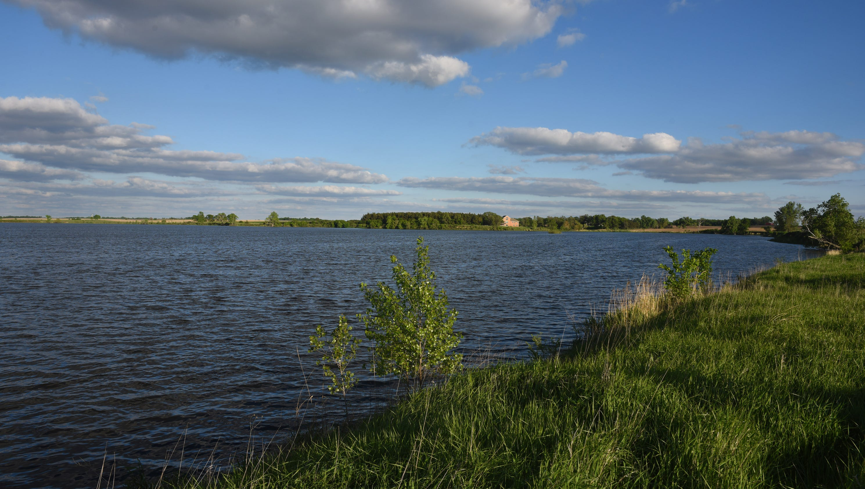 Outdoors groups want better lake compromise for Piscine 3 05 x 0 91