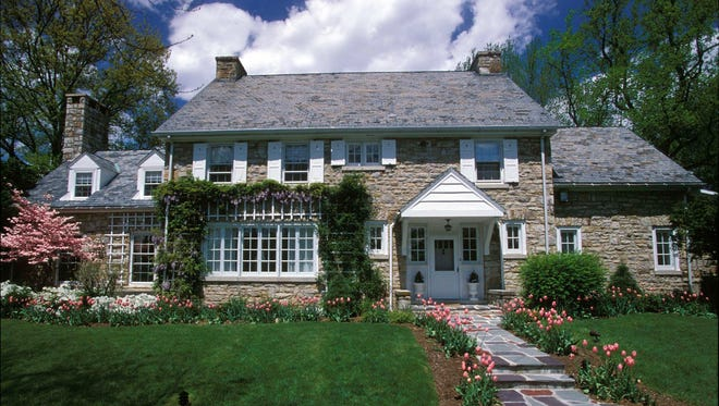 Pennsylvania is likely the only state to provide a home to the lieutenant-governor. The home is  located at Fort Indiantown Gap.
