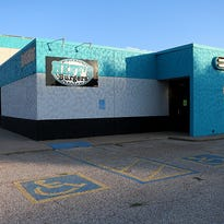 Heff's Burgers in San Angelo locked out of building, but plans to reopen at new location