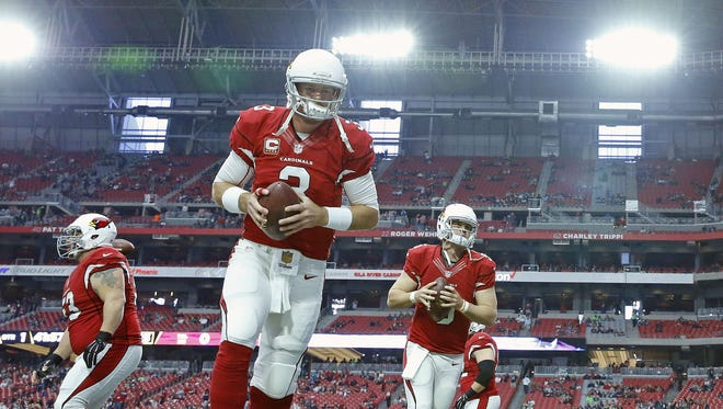 Arizona Cardinals quarterback Carson Palmer #3 warms up prior to their NFL game against the Seattle Seahawks Sunday, Jan. 3, 2016 in Glendale, AZ.