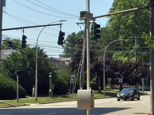 Red-light camera on North Broadway at Hamilton Avenue