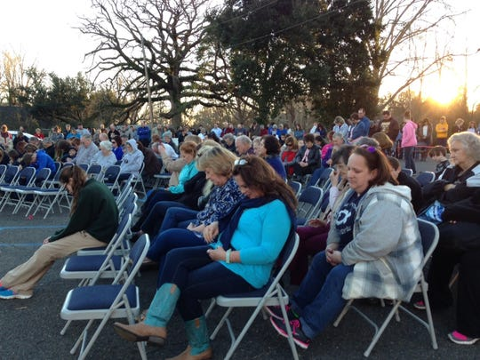 More than 200 people are estimated to have attended a late afternoon prayer rally Monday in Goldonna emphasizing religious liberty. The event was sparked by the recent 10-day suspension of the Goldonna Elementary and Junior High principal for including a student prayer on the Christmas program.