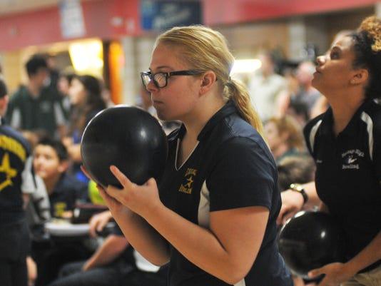 -Prep bowling in Melbourne 7.jpg_20140929.jpg