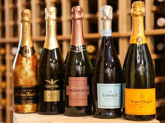 635864857773633751-champagne-newyearsX-10.jpg