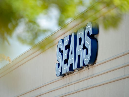 BLM SEARS EARNS A FIN USA IL