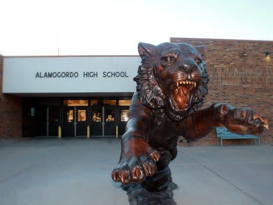 Alamogordo Tiger Statue 1