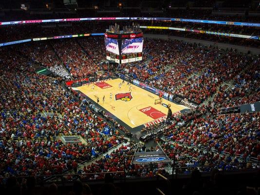 636179494845338995-uofl-uk-basketball-fans52.jpg