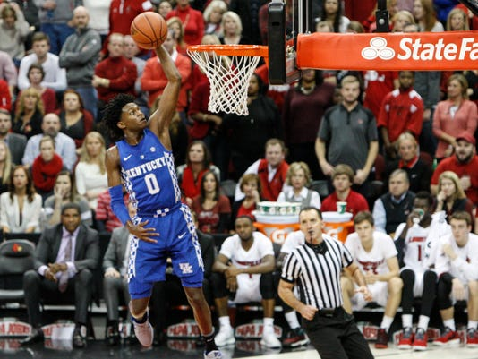 636179577928195574-uofl-uk-secondhalf-AS65.jpg