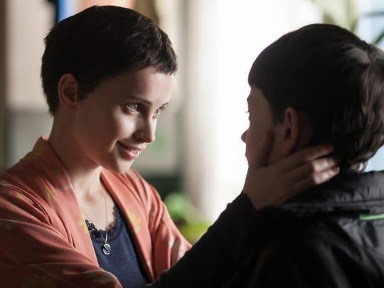 Felicity Jones stars as a dying mom opposite Lewis