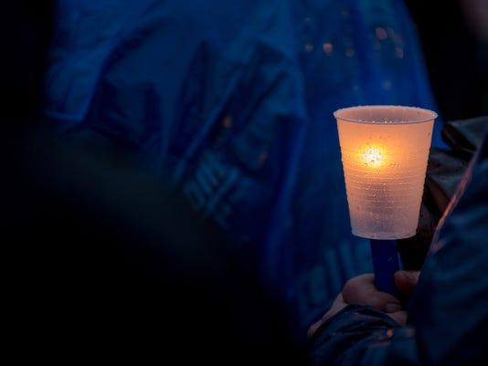 636261613165480698-MNH-170326-CandlelightVigil-TDR168.jpg