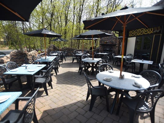 Outdoor patio at Hearth & Tap in Montvale,