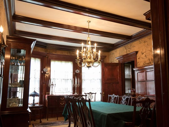 "The dining room in the Arpin ""White House"" hosted many"
