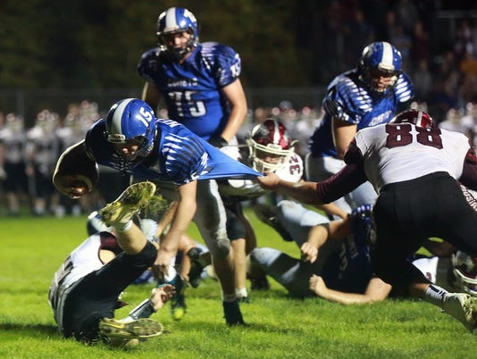 636435297691067818-171013-01-West-Liberty-vs-Mount-Vernon-football-ds.jpg