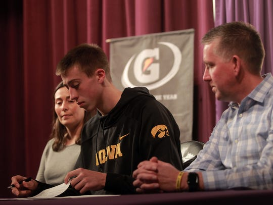 Iowa basketball commit Joe Wieskamp is pictured with