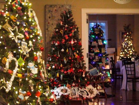 HOW-ChristmasTrees-12052017-0078.jpg