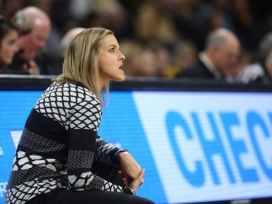 Drake head coach Jennie Baranczyk reacts to a turnover during the Bulldogs' game against Iowa at Carver-Hawkeye Arena on Thursday, Dec. 21, 2017.