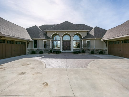 This West Des Moines house sold for $1,890,000.