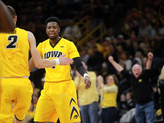 636544772495951898-180217-13-Iowa-vs-Indiana-mens-basketball-ds.jpg
