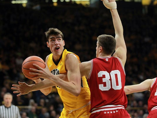 636544814180823107-180217-27-Iowa-vs-Indiana-mens-basketball-ds.jpg