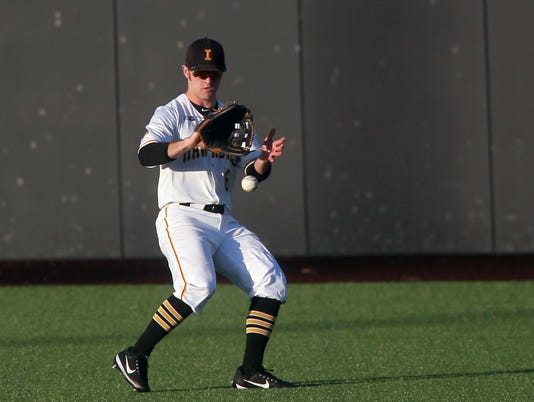 636553533979420150-180227-01-Iowa-vs-Cornell-College-baseball-ds.jpg