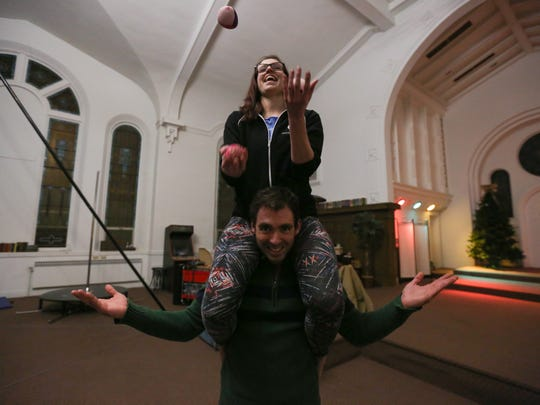 Lindsey Moon and David Lammers work on their juggling