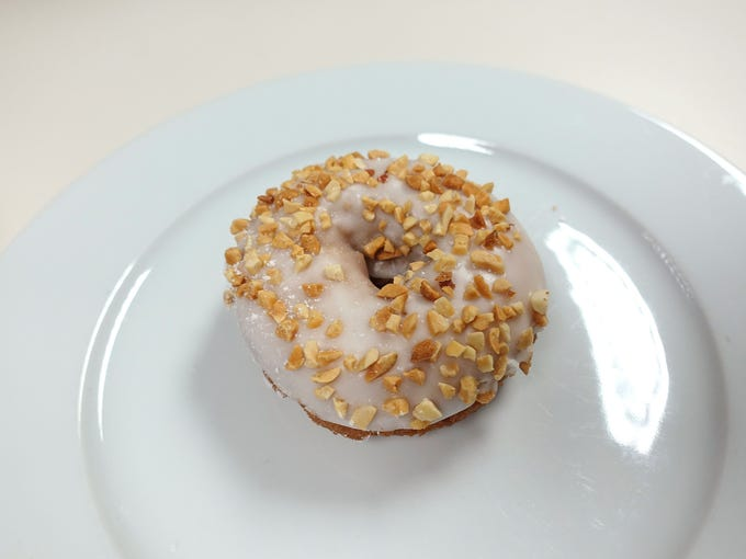 Blooming Donuts | The new, zany doughnut shops notwithstanding,