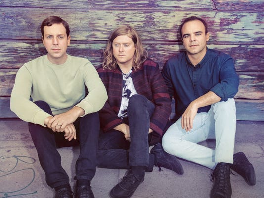 636324309122482307-future-Islands-press-by-Tom-Hines.jpg