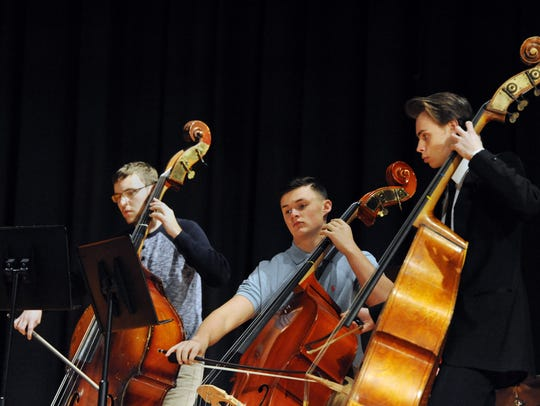 Chillicothe High School String Ensemble perform the